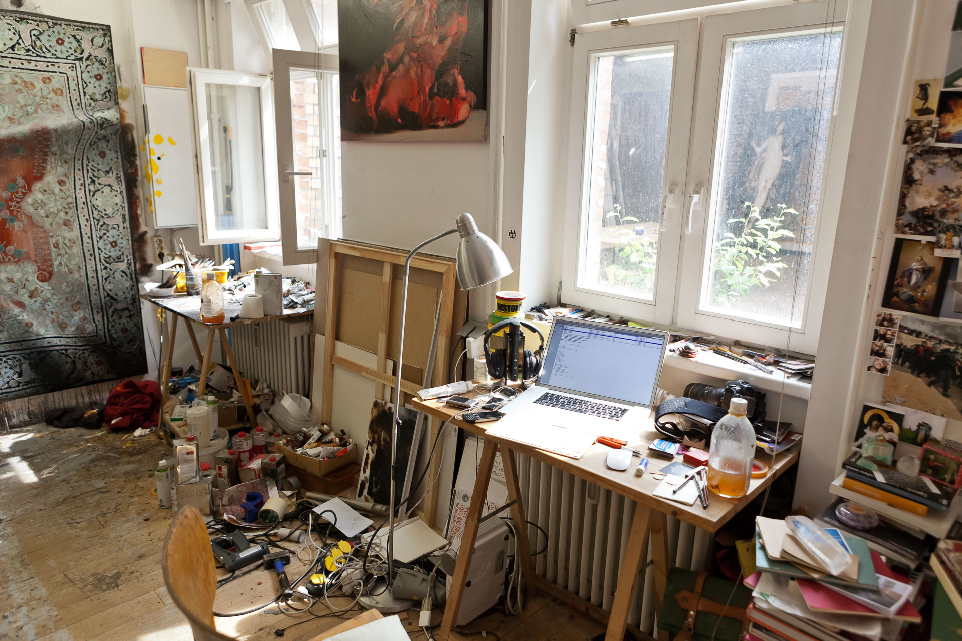 Antonio Santin, Painter in his studio in Berlin Wedding