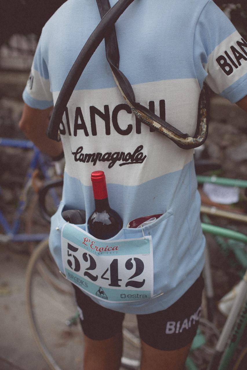 53-l-eroica-retro-bike-race